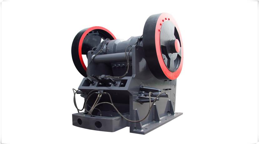 PE600×900鄂式破碎机配备多大功率的电机吗?